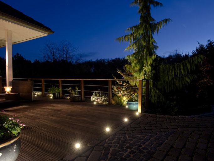 Gartenbeleuchtung blaue Stunde