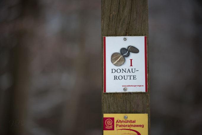 Donau Route, Wegweiser bei Kloster Weltenburg.