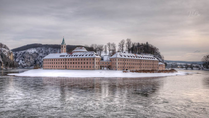 Kloster Weltenburg im Winter.
