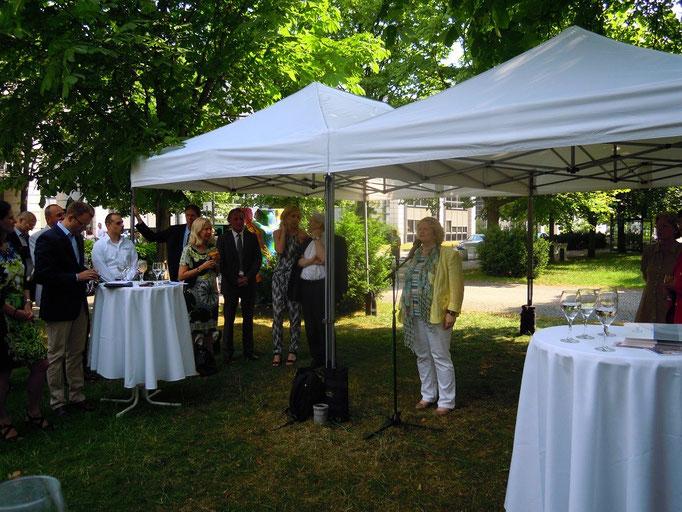 Frau Prof. Dr. Angelika Eggert bei der Begrüßung