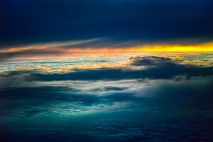 Sonnenuntergang über den Wolken, Flug von Kopenhagen nach Stuttgart