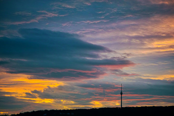 Sunrise behind the Stuttgarter Fernsehturm
