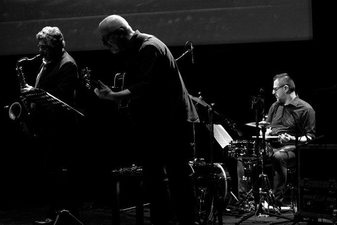 Alessandro Carabelli Music Ensemble | Tino Tracanna | Luciano Zadro | Maxx Furian