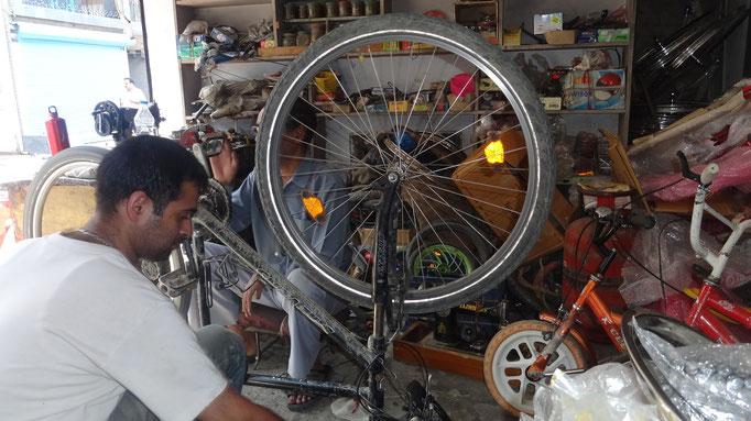 Kullu, bikeshop
