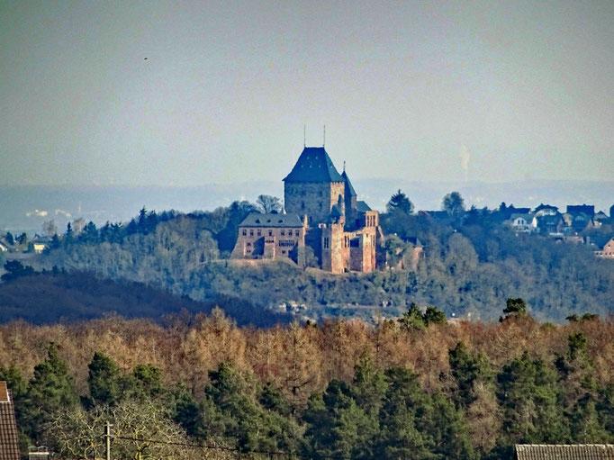 Nideggen Burg - Ausbick von Schmidt 8 km entfernt