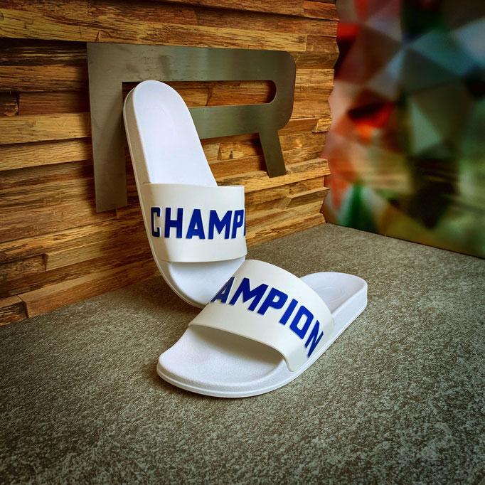 864 19 00 003 - Champion Varsity - €29,90