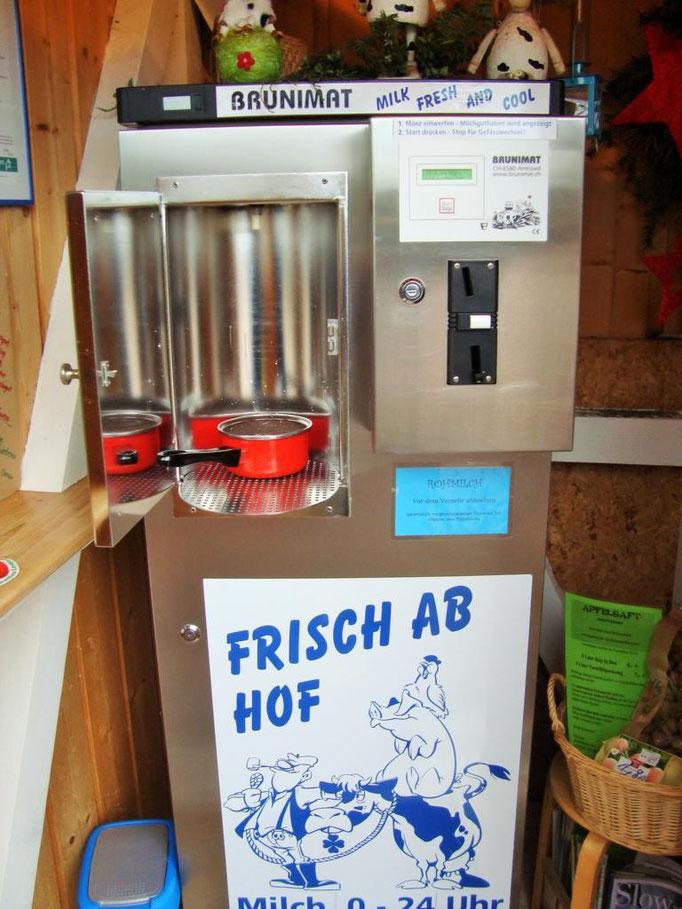 ...und bietet tagesfrische Bio-Milch.