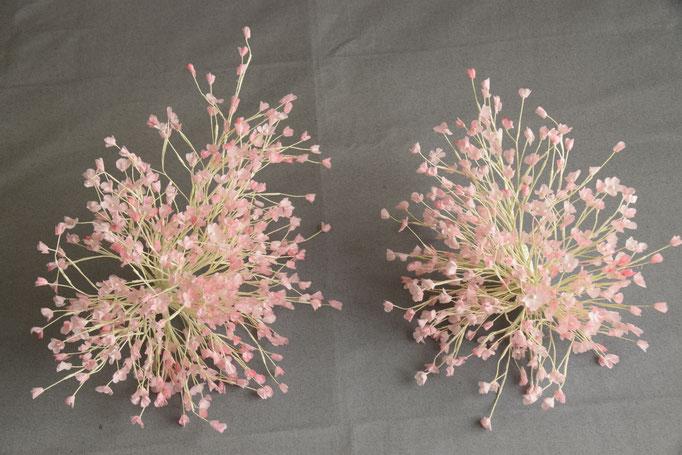 No 109 ピンクのカスミ草のヘッド 素材:サテン サイズ:各15cm ¥20.000