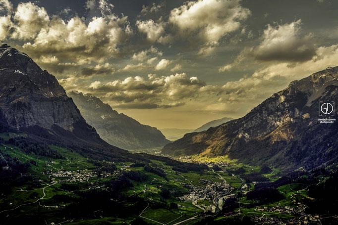 Glarnerland im Wolkenspiel