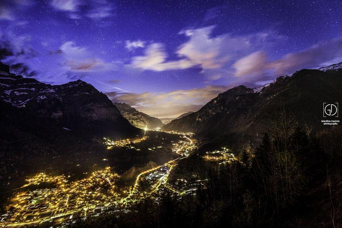 Glarus-Mitte kurz nach Dämmerung