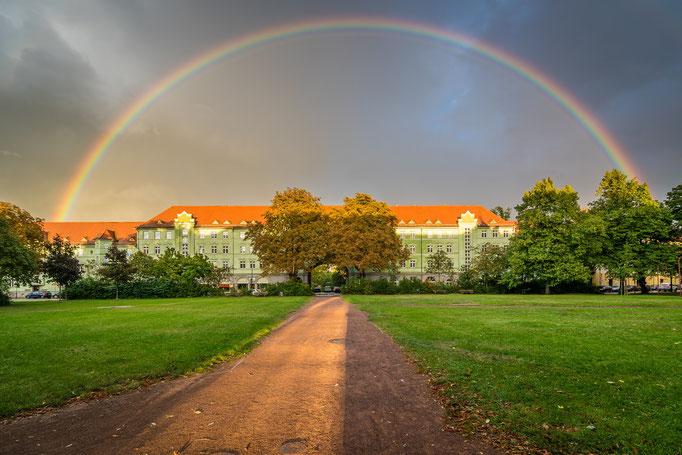 Regenbogen über dem Lutherplatz