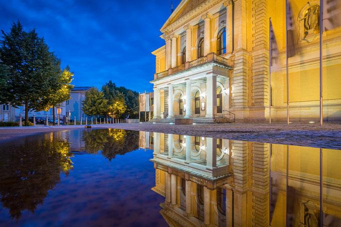 Oper Halle zur Blauen Stunde