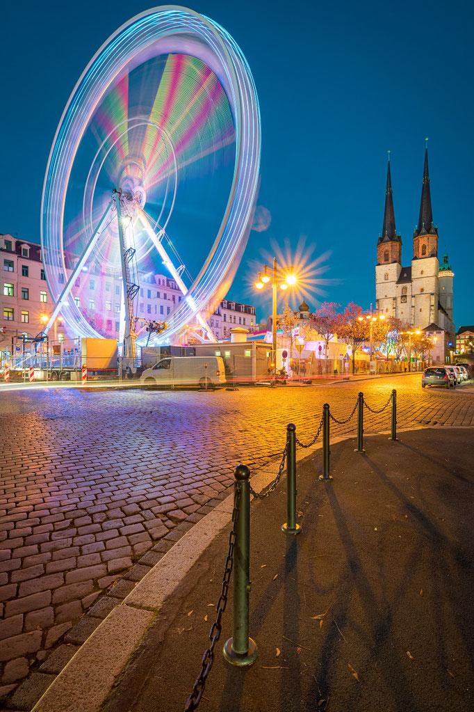 Riesenrad auf dem Hallmarkt - Weihnachtsmarkt in Halle-Saale