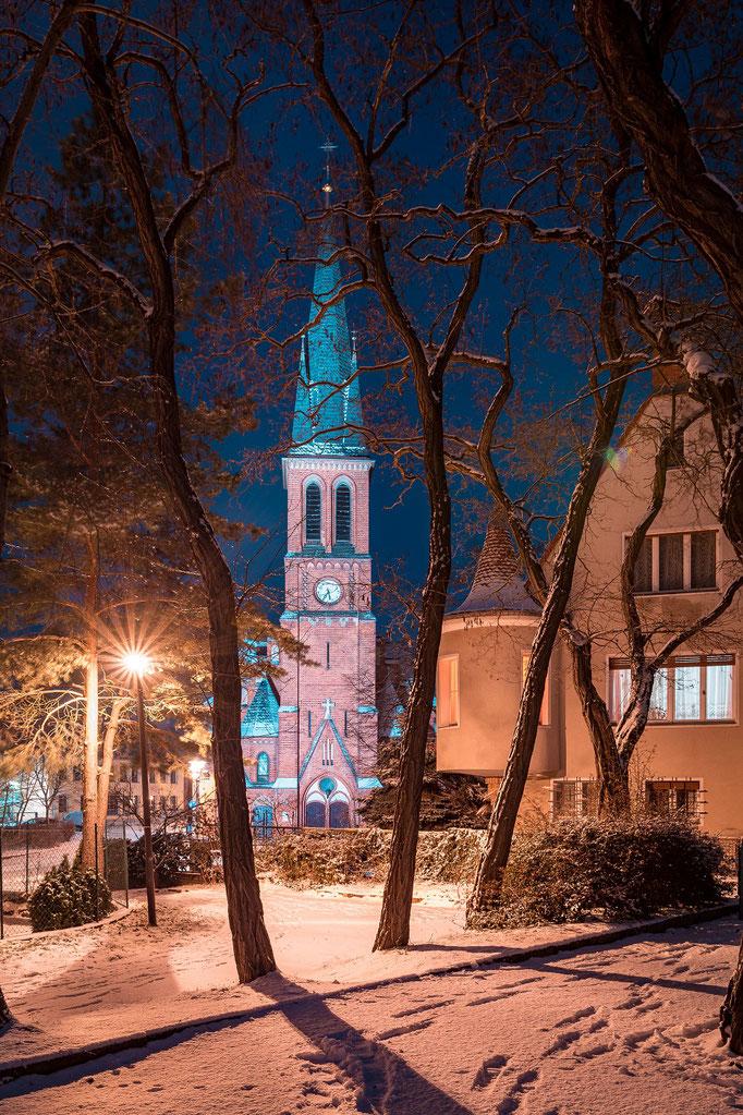 Petruskirche in Kröllwitz im Winter