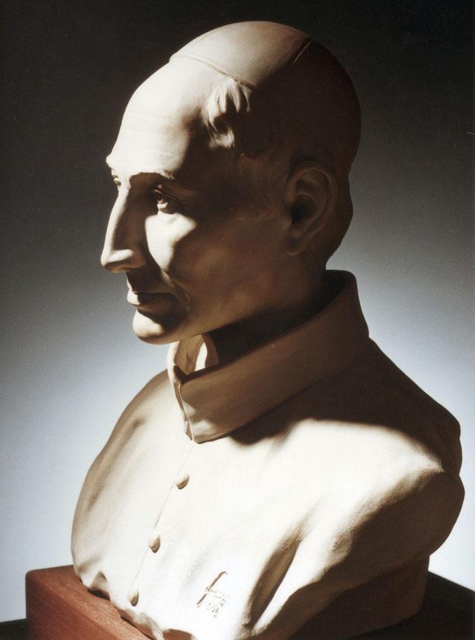 Ritratto monumentale a PADRE GIUSEPPE MARIA LEONE. Terracotta patinata 50x30x55