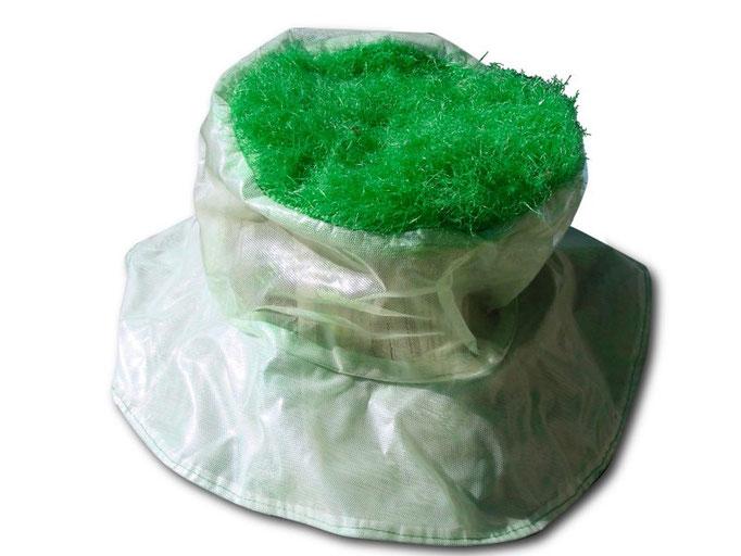 Chapeau de femme verte /Viviane Millerand pour Aline Siffert