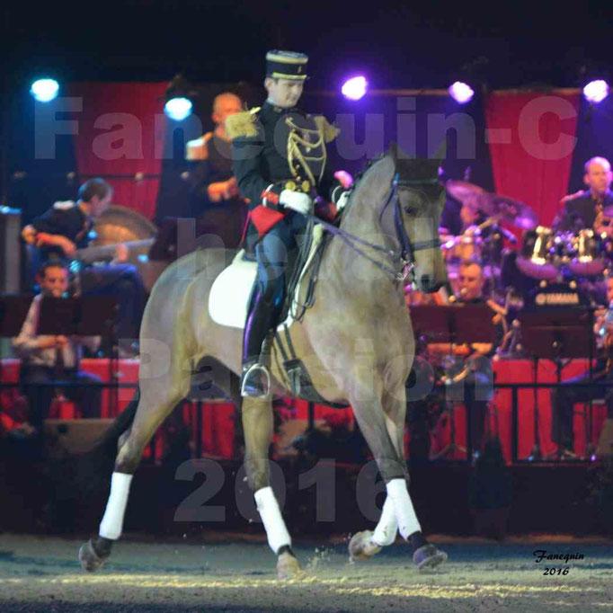 Cheval Passion 2016 - Gala des Crinières d'OR - La Garde Républicaine