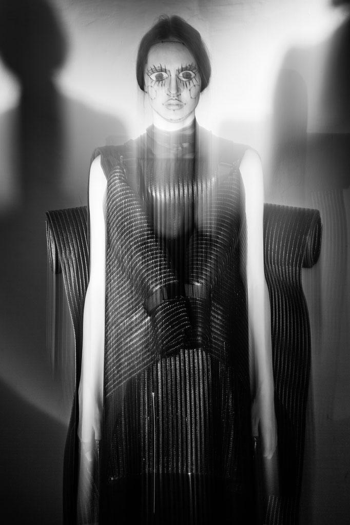 """kinetic"" - veine magazine - photographer: andreas waldschuetz - concept: anie lamm-siu - styling: adia trischler - makeup: anie lamm-siu - model: nastya yatchuk"