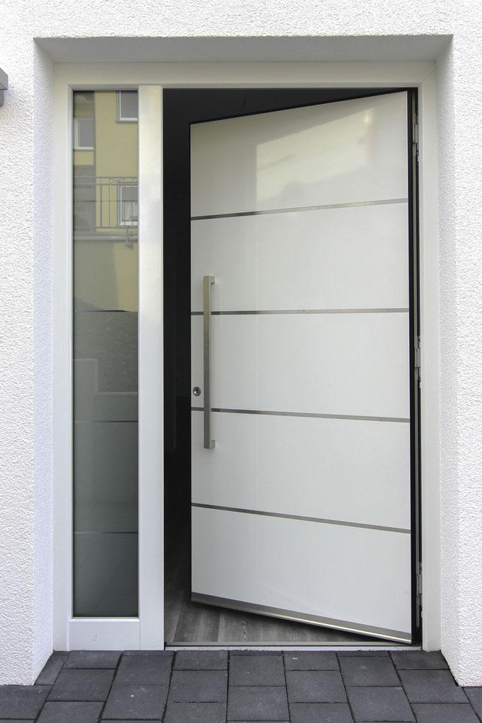 Inotherm Haustüre in Düren, Köln