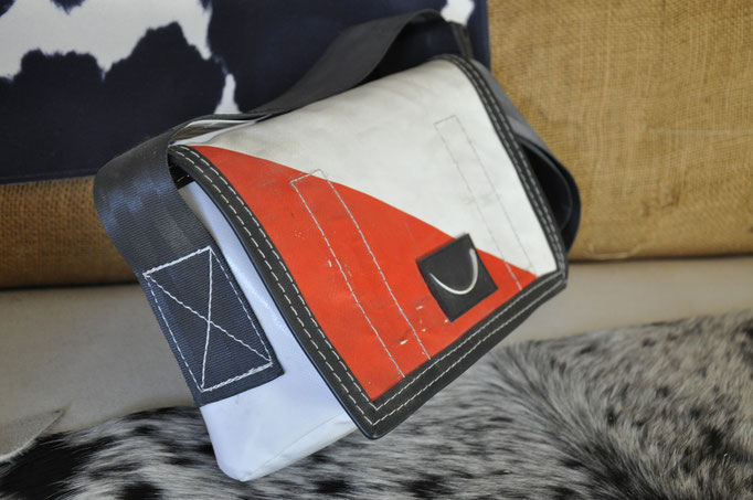 Bag 16 Damentasche klein