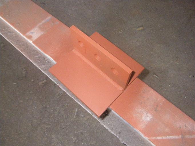 補強柱新設工事の工事写真