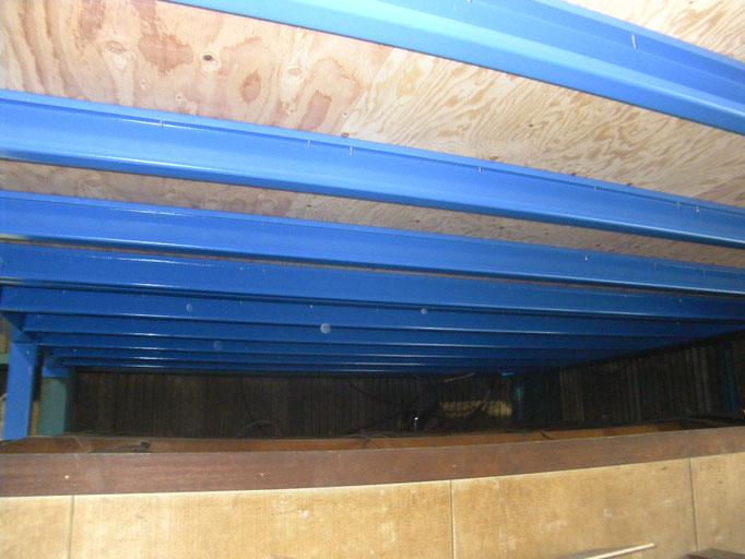 工場内収納棚新設工事の工事写真