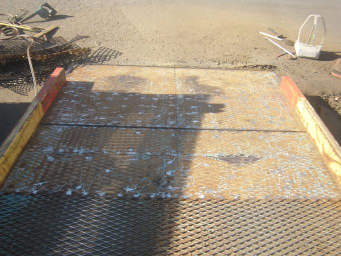 エキスパンドメタル張替の工事写真