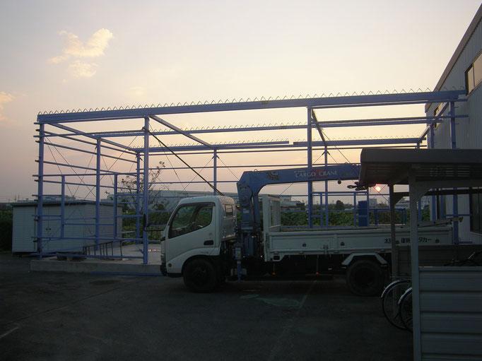 工場鉄骨工事の工事写真