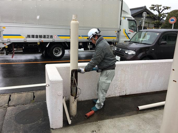 街路灯改修工事の工事写真