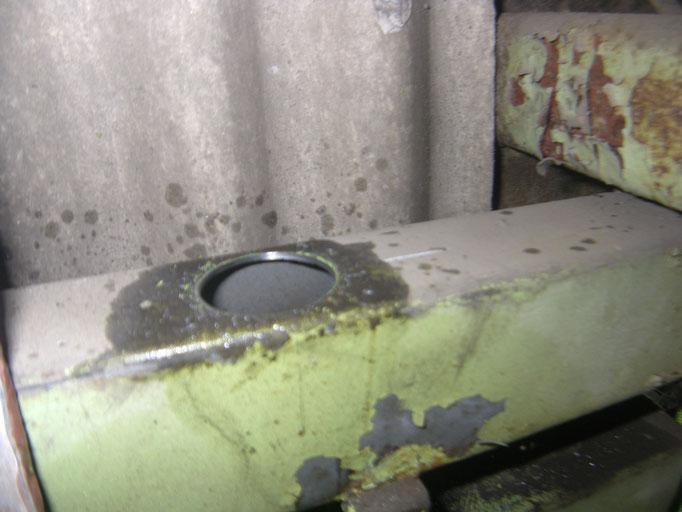 ハンガードア複車取替の工事写真