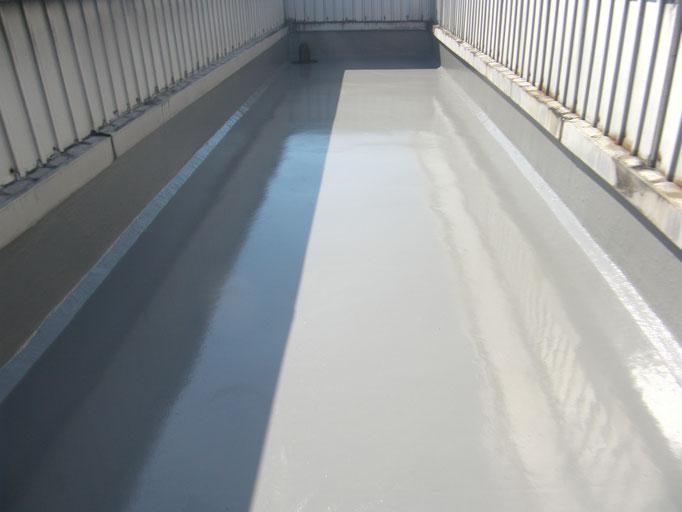 シート防水改修工事の工事写真