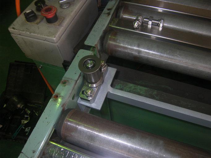 材料ガイドローラー工事の工事写真