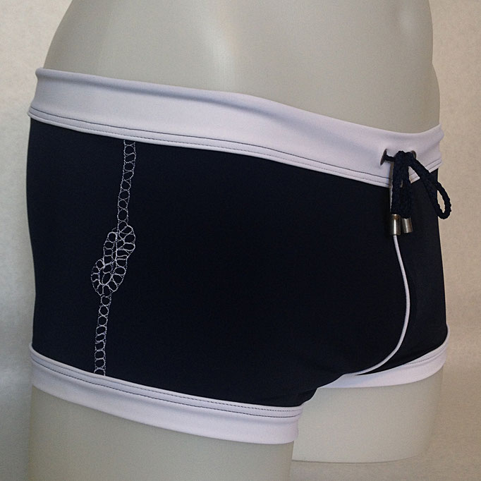 Modell: Tau mit Knoten, Grösse L, erhältlich bei: www.markant.ch