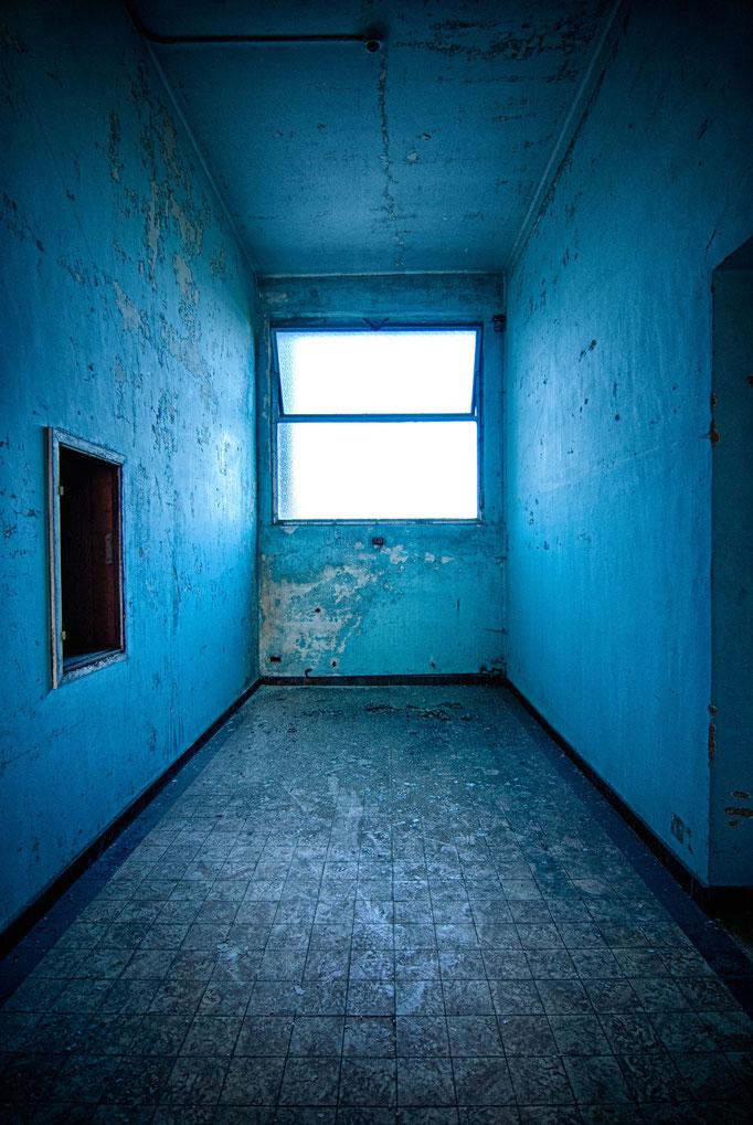 Blue room  |  Belgium  |  2012