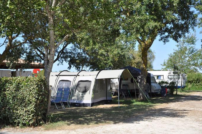 Emplacements tente et caravane