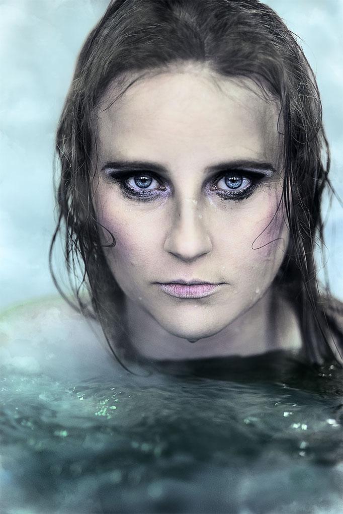 #TheSwimmer -  Expo BALLS  je suis un vidéoclip - La Nouvelle Scène Gilles Desjardins - Marianne Duval Photographe -  2017