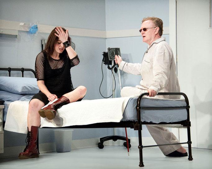 Marie-Eve Fortier, Richard Bénard - L'amour est aveugle - Théâtre de l'Île - Photo Marianne Duval