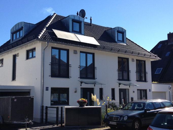 Elegantes Walmdach-Doppelhaus, München Moosach
