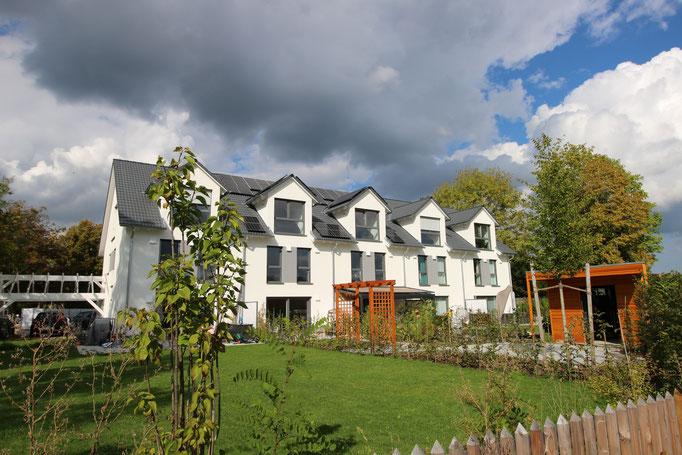 5 großzügige Reihenhäuser in Putzbrunn Waldkolonie