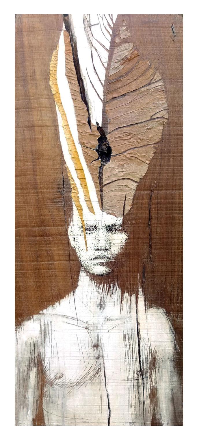 Le danseur de novembre / 2017 / Perçage et gravure sur bois-collage feuille / Dim H: 85 L: 43 cms (disponible)