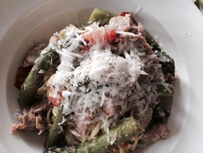 Pasta Carbonara met groene asperges