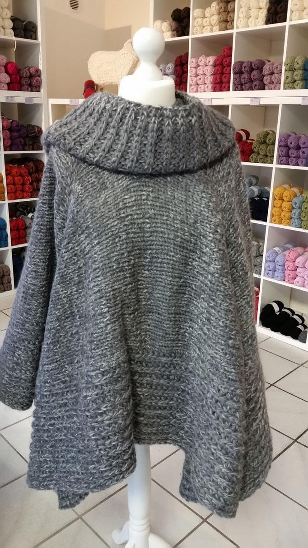 Poncho aus Verdi von monika design yarn