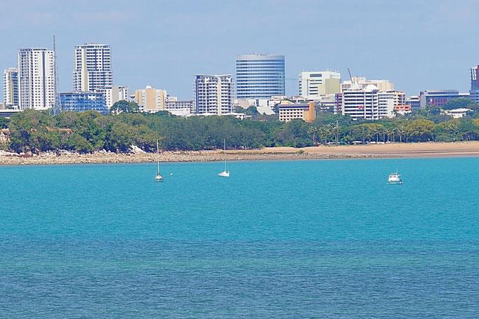 Darwin ist eine moderne grüne Stadt am Meer. Auch Adelaide ist sehenswert.