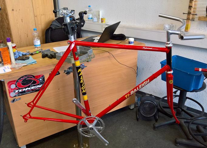 """Orginal Teamrahmen von Dietrich Thurau (niederländisches Radsportteam mit dem Sponsor """"Tube Investments"""" (TI) und Raleigh"""