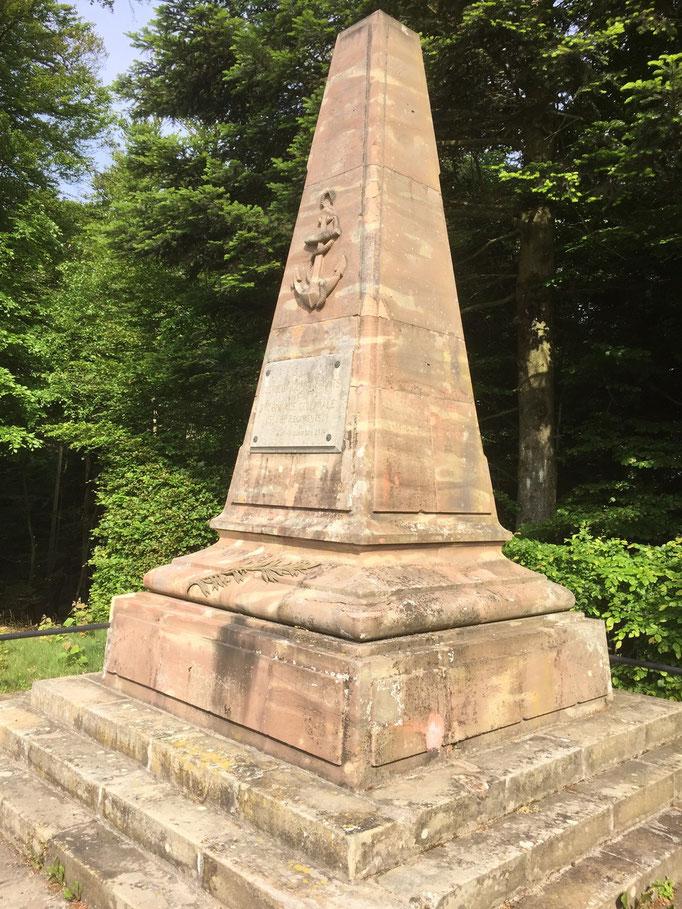 Monument des coloniaux col de la Chipotte avant le début des travaux