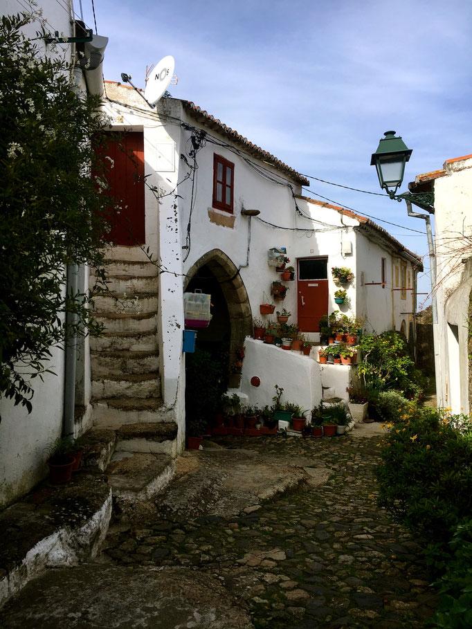 Hübsche Gassen in Castelo de Vide