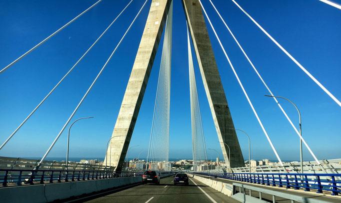 Brücke über dem Rio Guadalete nach Cadiz