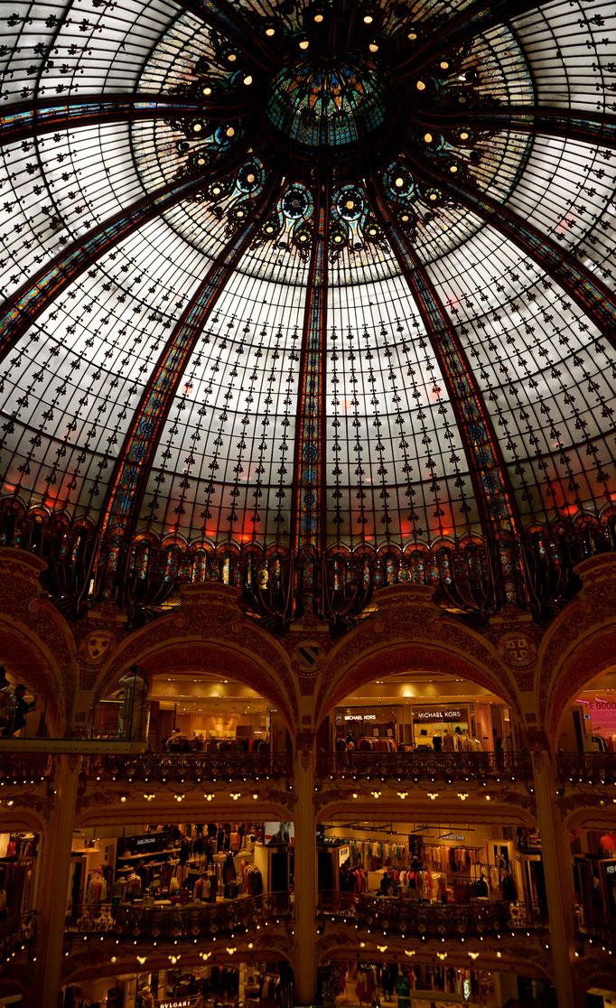Die Lafayette Galerien - Fashion , Gourmet , alles was das Herz begehrt