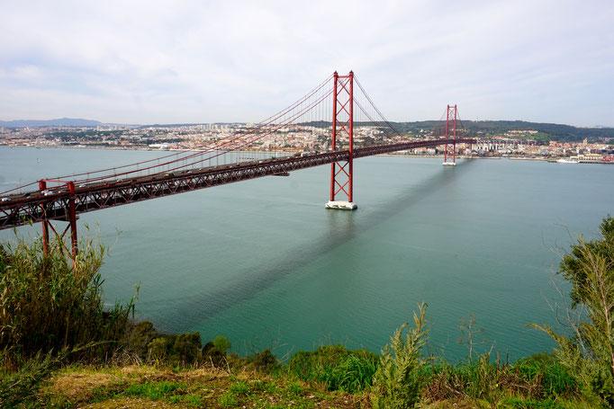 Ponte 25 de abril , ein bisschen Golden Gate Bridge