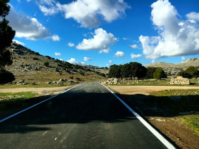 Schöne Straße von Burgos nach Ronda